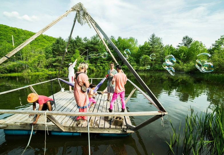"DISORIENT COUNTRY CLUB"" ""Disorient presents: COUNTRY CLUB "" ""Disorient Country Club 2018"" Photo by Thomas Egan ""Art boat: Surface Tension"""
